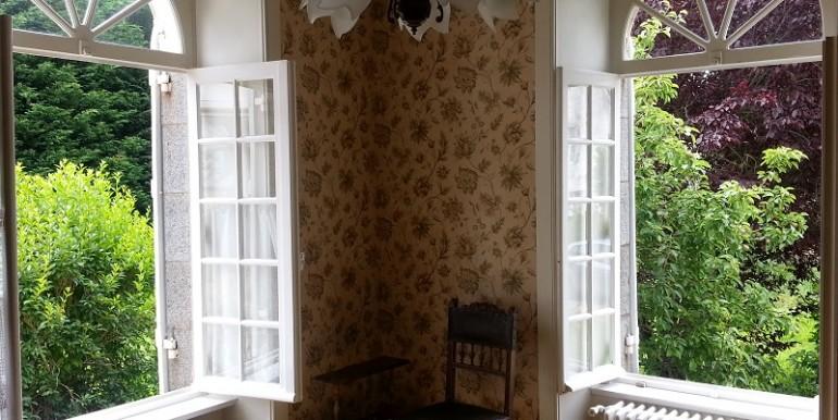 salon st jouan 2 fenêtres