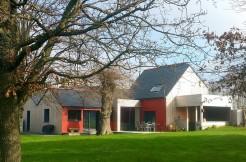 Maison non mitoyenne proche VANNES terrain 1 500 m²